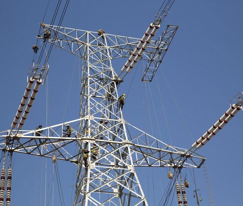 输电高铁塔